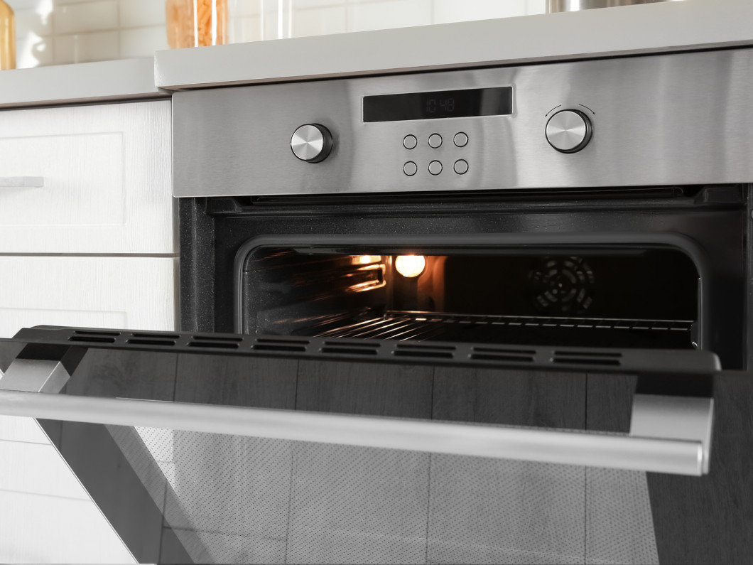 Bake to your heart's content by relying on our oven repair services